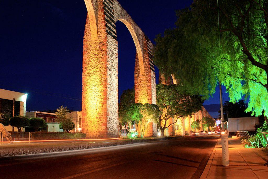 Anochecer_del_Acueducto_Querétaro